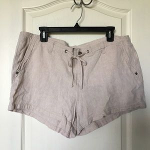 Gap Beige linen Drawstring shorts size 16 XL